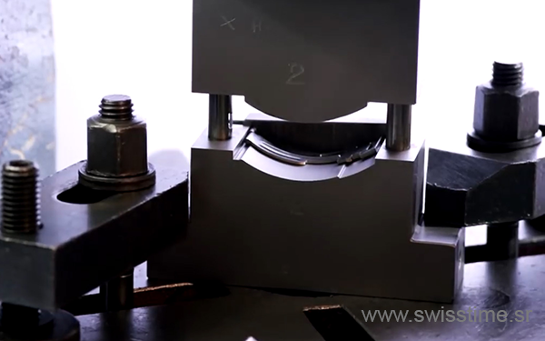 Making of Audemars Piguet Swiss Replica Watch shaped solid stainless steel buckle