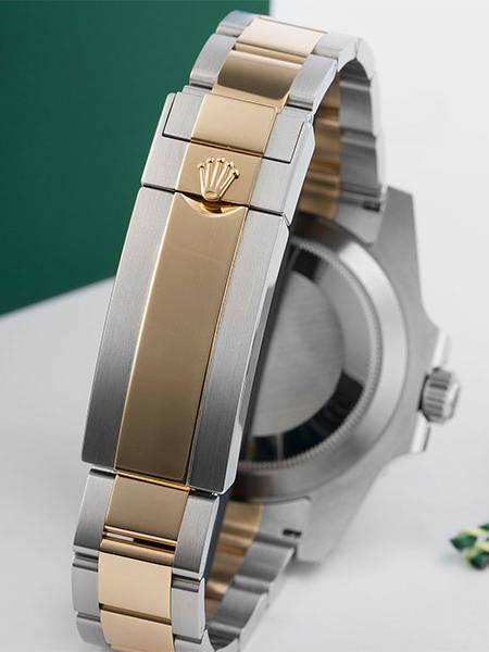 Materials   18k Gold Wrap Swiss Replica Watches   Swisstime