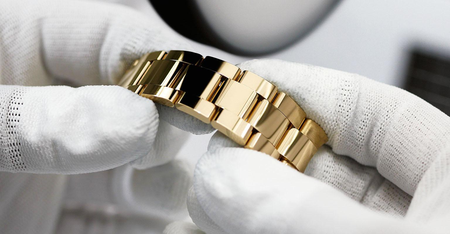 Rolex Deepsea Gold Satin Surface Finishing